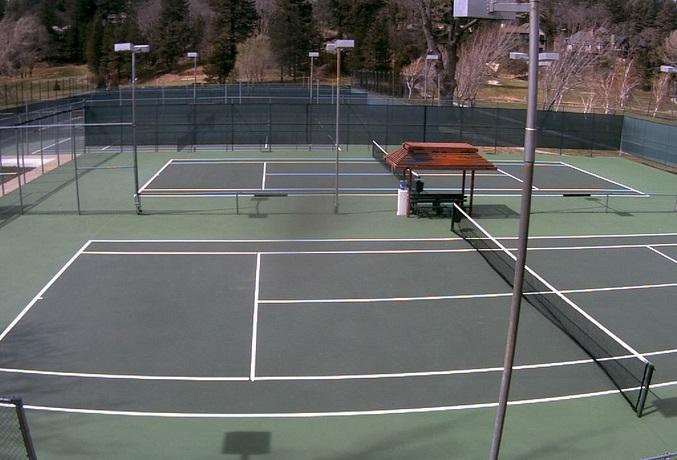 теннисный корт. Lake Arrowhead Country Club, Калифорния (США)