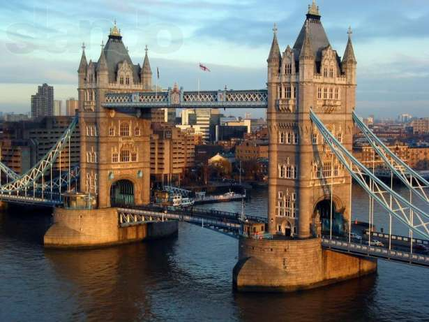 Тауэрский мост. Лондон (Англия)