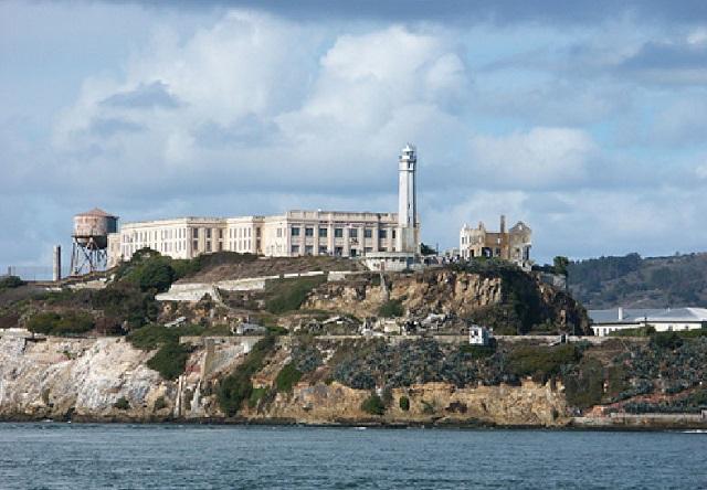 порт Сан Франциско и тюрьма Алькатрас. Калифорния (США)