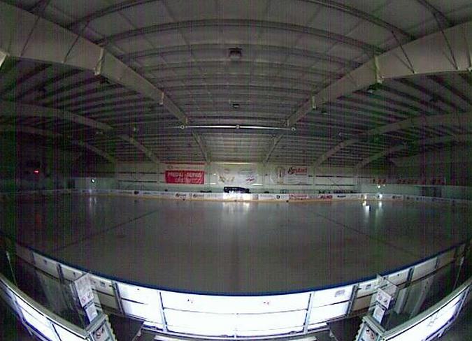 хоккейная арена Hamikovo. Hamuliakovo, Братислава (Словакия)
