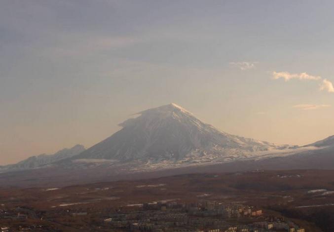 вулкан Корякская сопка. Петропавловс-Камчатский (Россия)