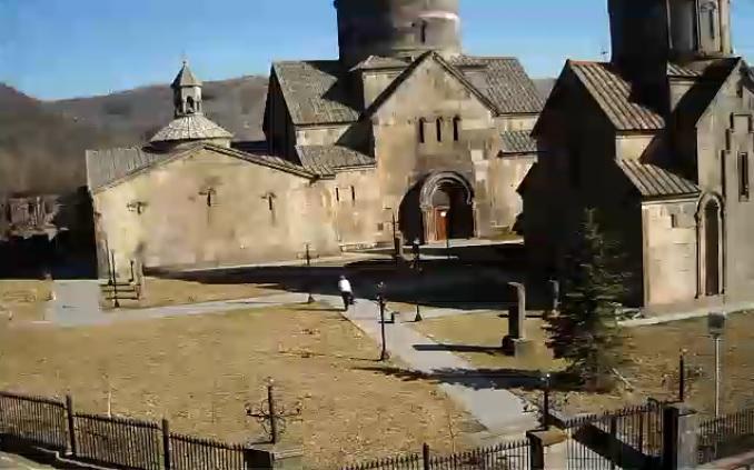 Монастырь Кечарис. Цахкадзор (Армения)