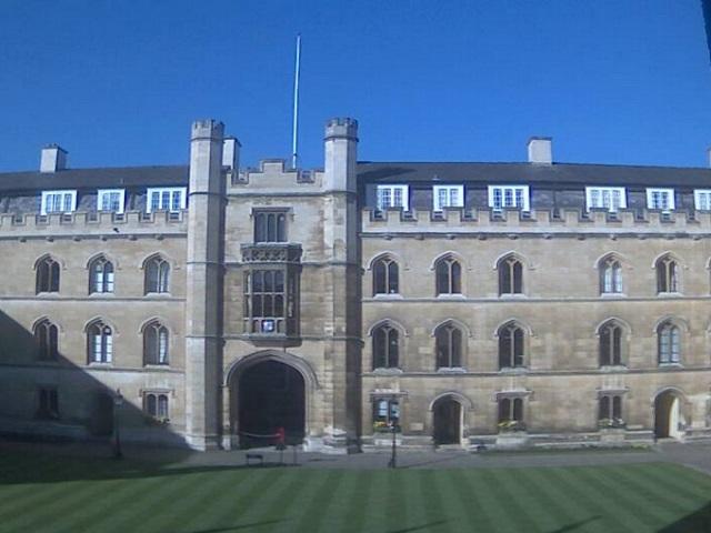 университет Кембридж (Великобритания)