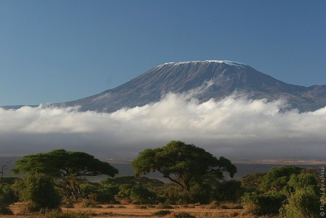 вулкан Килиманджаро (Восточная Африка)