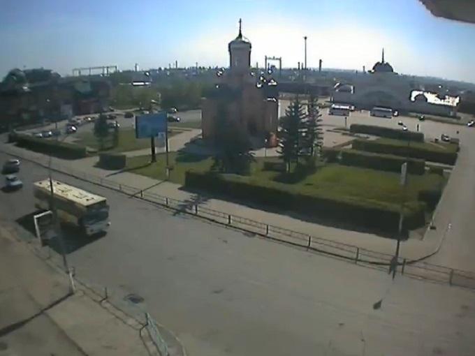 Привокзальная площадь. Новоалтайск (Россия)