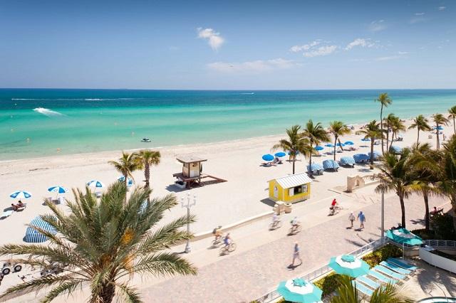 пляж. Голливуд, Флорида (США)