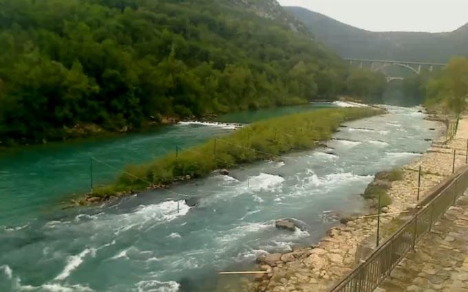пороги. Река Соча (Словения)