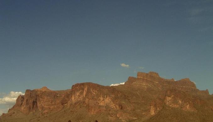 Горы Суеверия. Апач-Джанкшен, Аризона (США)