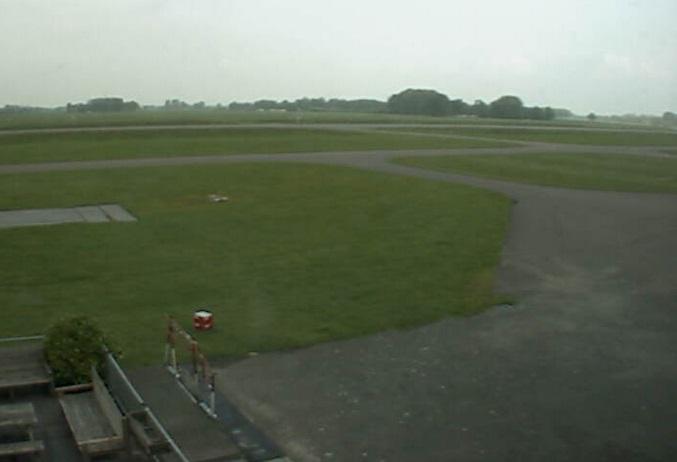 аэропорт. Теуг (Нидерланды)