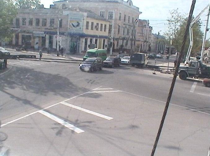перекресток улиц Шевченко и 25 Октября. Тирасполь (Молдова)