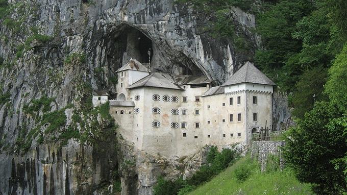замок Предъяма. Постойна (Словения)